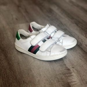 GUCCI ACE VELCRO STRAP LEATHER SNEAKERS